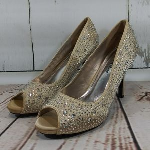 Your Party Shoes ZSAZSA Crystal Satin NWOT Sz 9